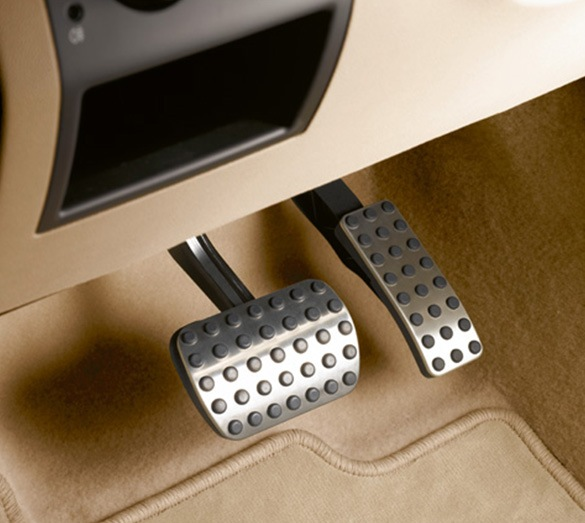 Pedal Covers In Stainless Steel Look Original Mercedes